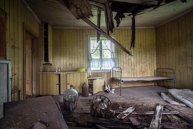 kitchen  / bedroom