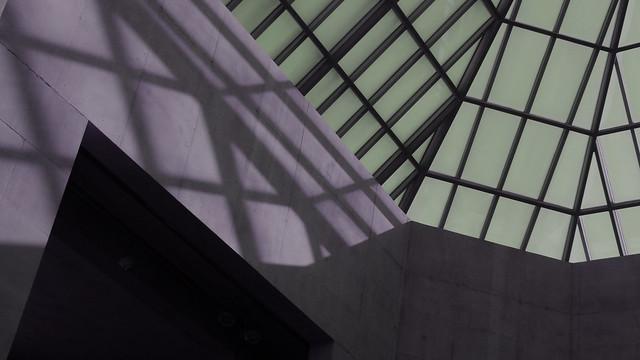 A17865 / hue-shifted overhead