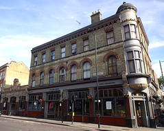 Picture of Three Crowns, N16 0LH