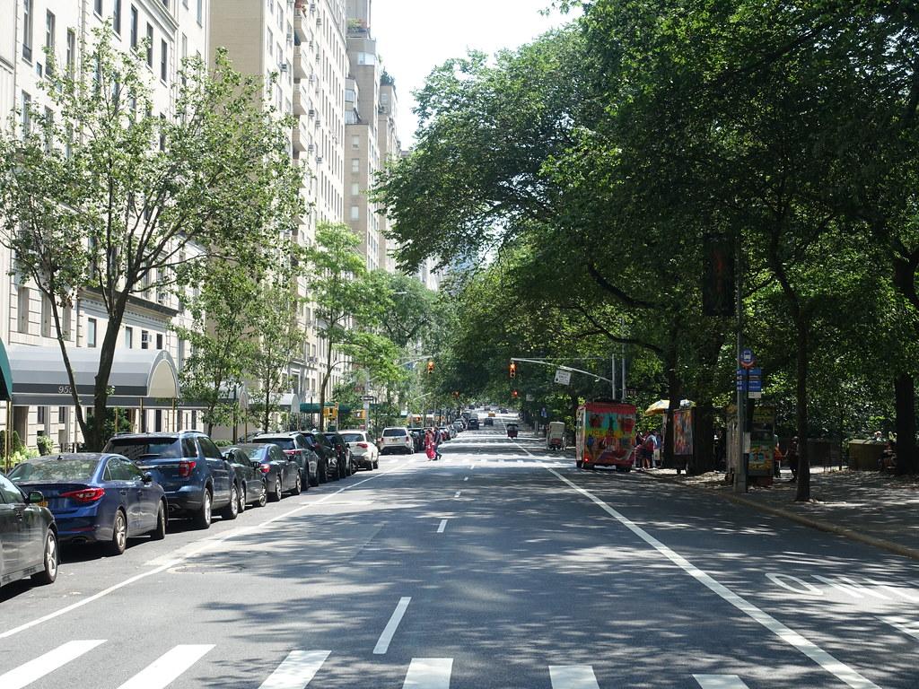 201907036 New York City Upper East Side Park Avenue