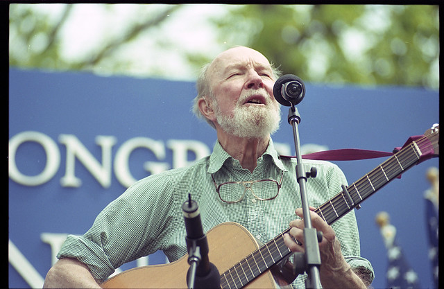 Pete Seeger at Library of Congress Bicentennial (LOC)