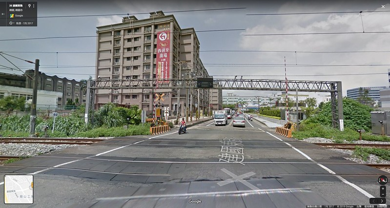 台鐵桃園段街景