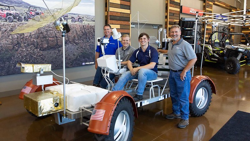 polaris-built-a-working-lunar-rover-replica-and-it-s-awesome