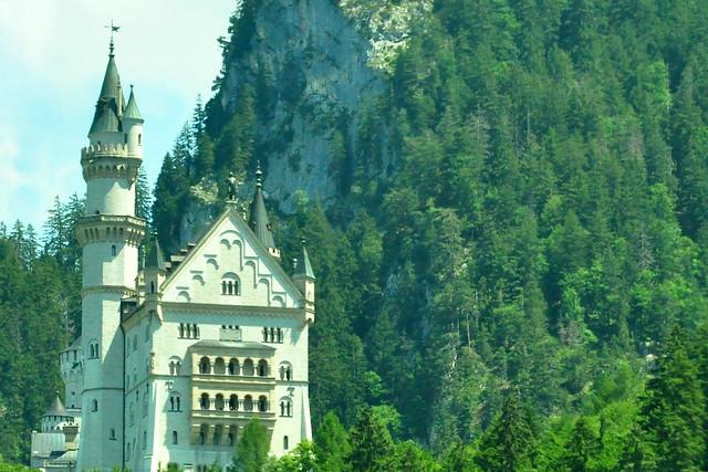 Juli 2019 ... Schwangau und die Ludwigsschlösser Neuschwanstein und Hohenschwangau ... Fotos aus dem fahrenden Auto von Brigitte Stolle