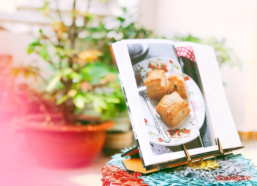 Cookbook holders-3