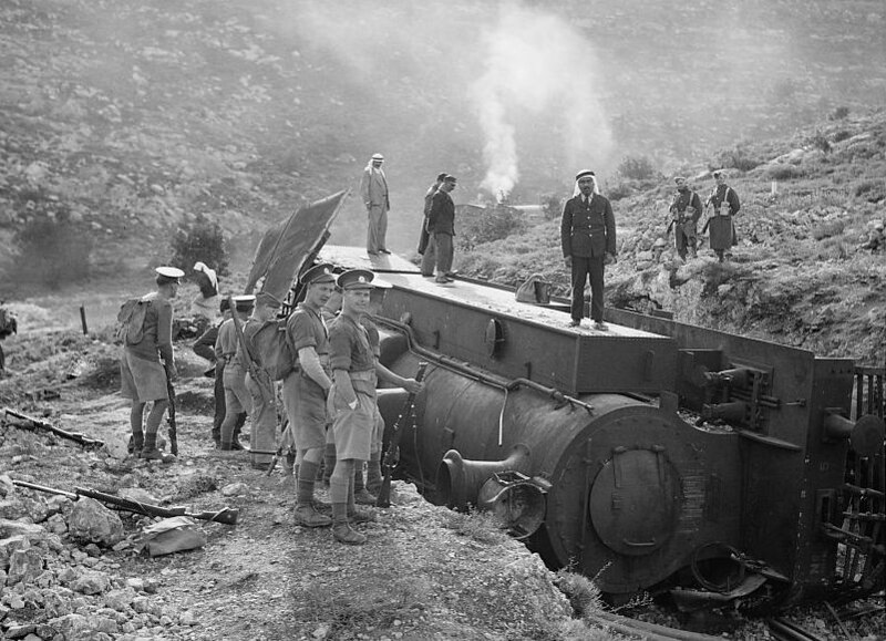 Locomotive-derailed-Lidda-Jerusalem-19381220-npc-18922v