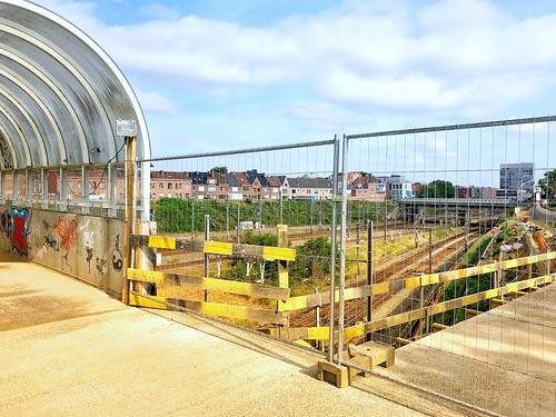 Tivoli fietsbrug terug open - Leuven