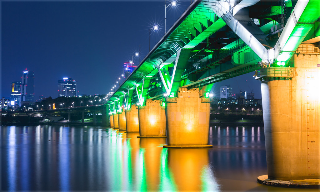 Seoul. Cheongdam Bridge