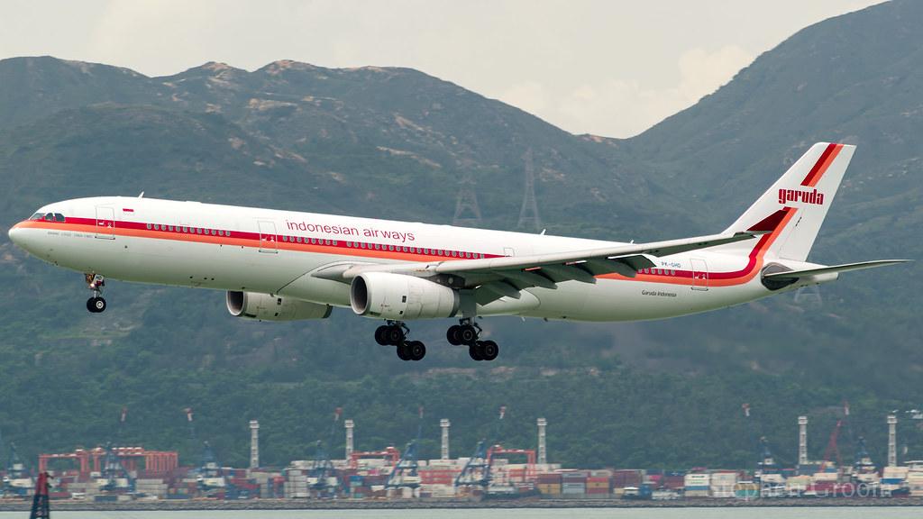 Garuda Indonesia (Retrojet) Airbus A330-343 PK-GHD