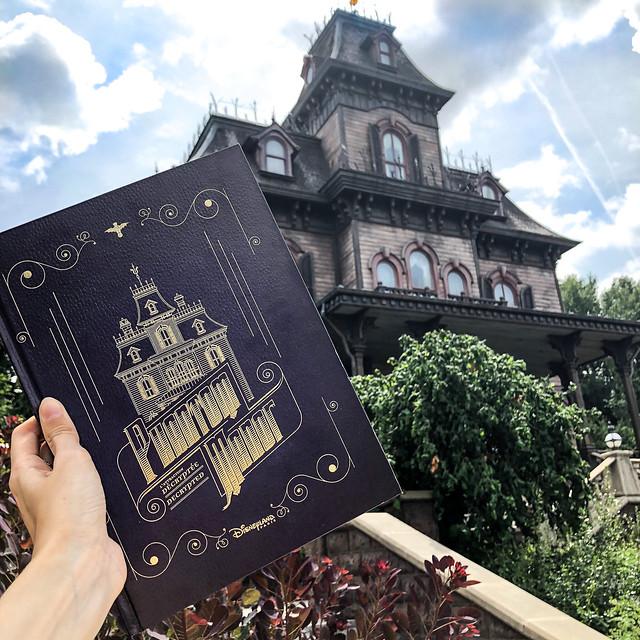 Phantom Manor : l'attraction décryptée – en vente le 31 juillet 2019