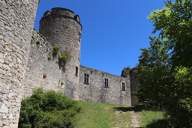 [340-004] Saint-Pierre-Lafeuille - Château de Roussillon