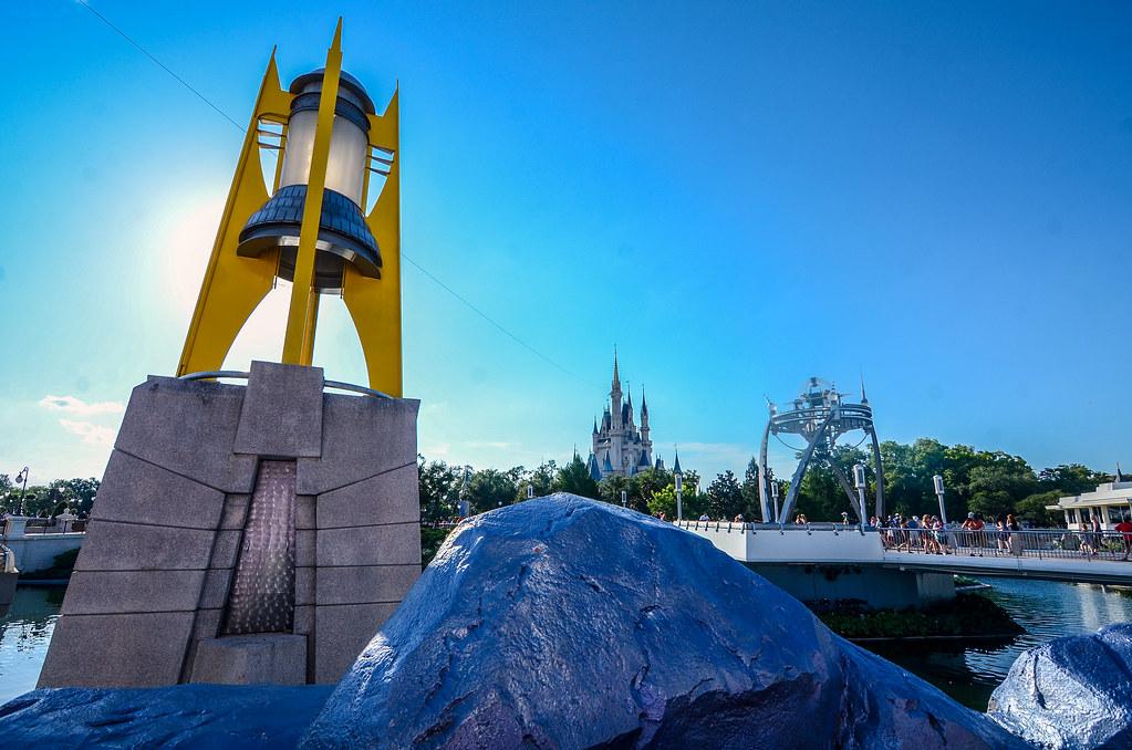 Tomorrowland light Castle MK