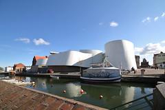 """Stralsund, Ozeaneum, """"Free Willy"""" verkauft tote Fische"""