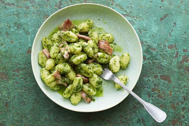Gnocchi with Crispy Bacon & Spinach Pesto