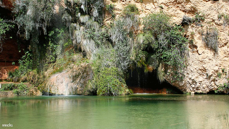 Excursión en familia a la Cueva del Turche, en Buñol