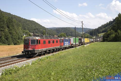Re 620 071 + Re 420 347 . SBB Cargo . Tecknau . 17.07.19.