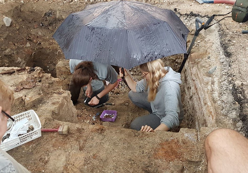 Archeologists working at Great Synagogue of Vilna