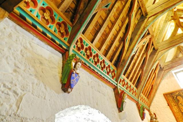 interior techo artesonado sala del Coro de los Vicarios Castillo Roca o Rock of Cashel Republica de Irlanda 03