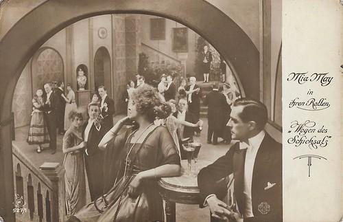 Mia May in Wogen des Schicksals (1918)