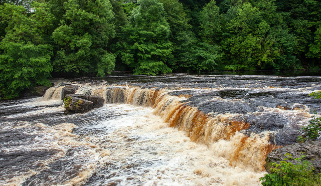 Aysgarth Falls Waterfalls
