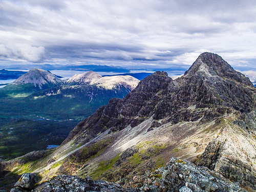 Fri, 2019-07-19 18:24 - Sgùrr nan Gillean and Pinnacle Ridge viewed from the west