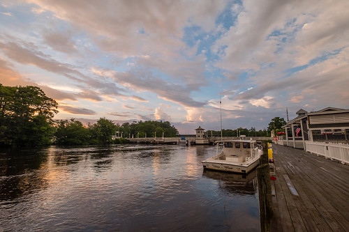 fujifilm fuji xt2 pocomoke pocomokecity maryland pocomokeriver clouds storm river water easternshore reflections esplanade promenade walkway drawbridge bridge boat pocomokecitybridge dock
