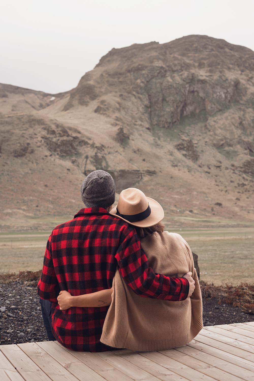10iceland-vik-hotelkria-travel-couple-love-style