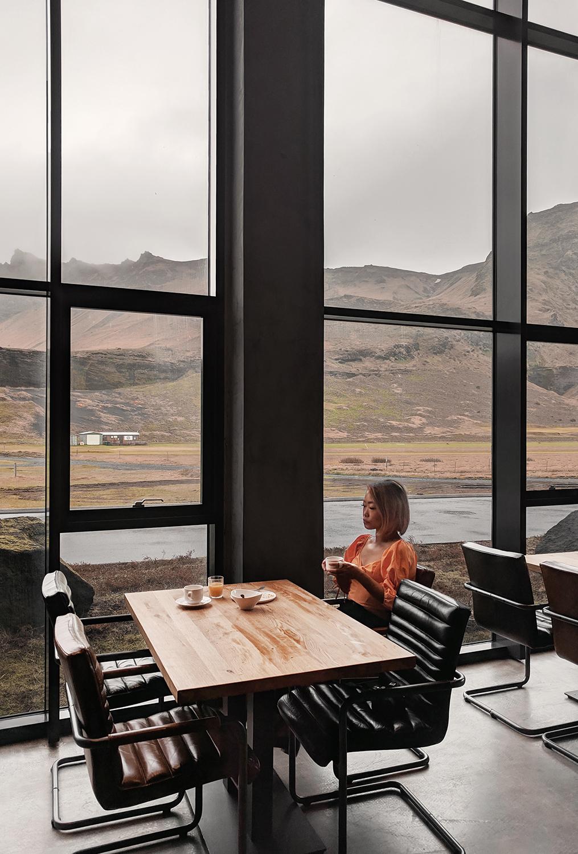 03iceland-vik-hotelkria-travel-breakfastwithaview