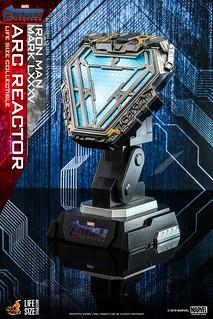 可磁貼在衣服上當鋼鐵人!? Hot Toys - LMS010 -《復仇者聯盟:終局之戰》鋼鐵人馬克85 反應爐 Iron Man Mark LXXXV Arc Reactor 1:1 比例道具複製品