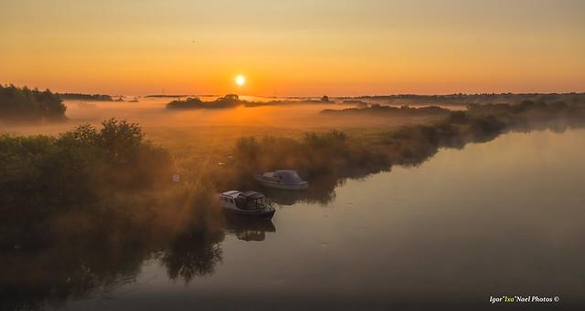 One breathtaking and shining sunrise!