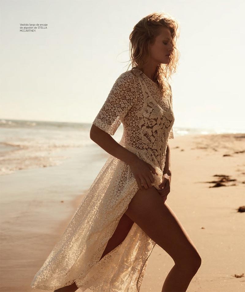 Toni-Garrn-Harpers-Bazaar-Cover-Photoshoot05