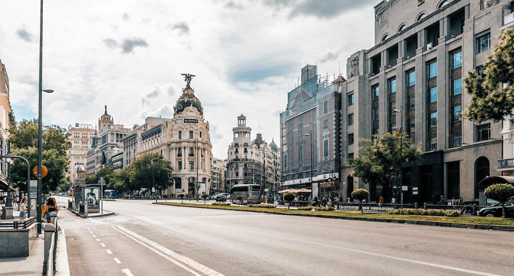 Bezienswaardigheden Madrid: Gran Vía | Mooistestedentrips.nl