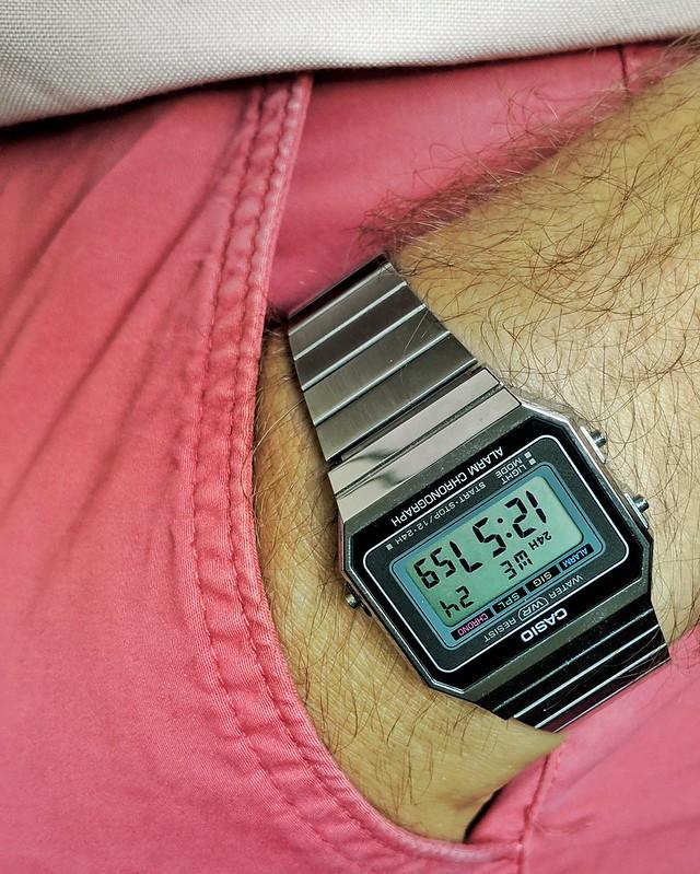 Envie d'une montre digitale vintage, mais laquelle? - Page 3 48363836271_077a9858cb_c