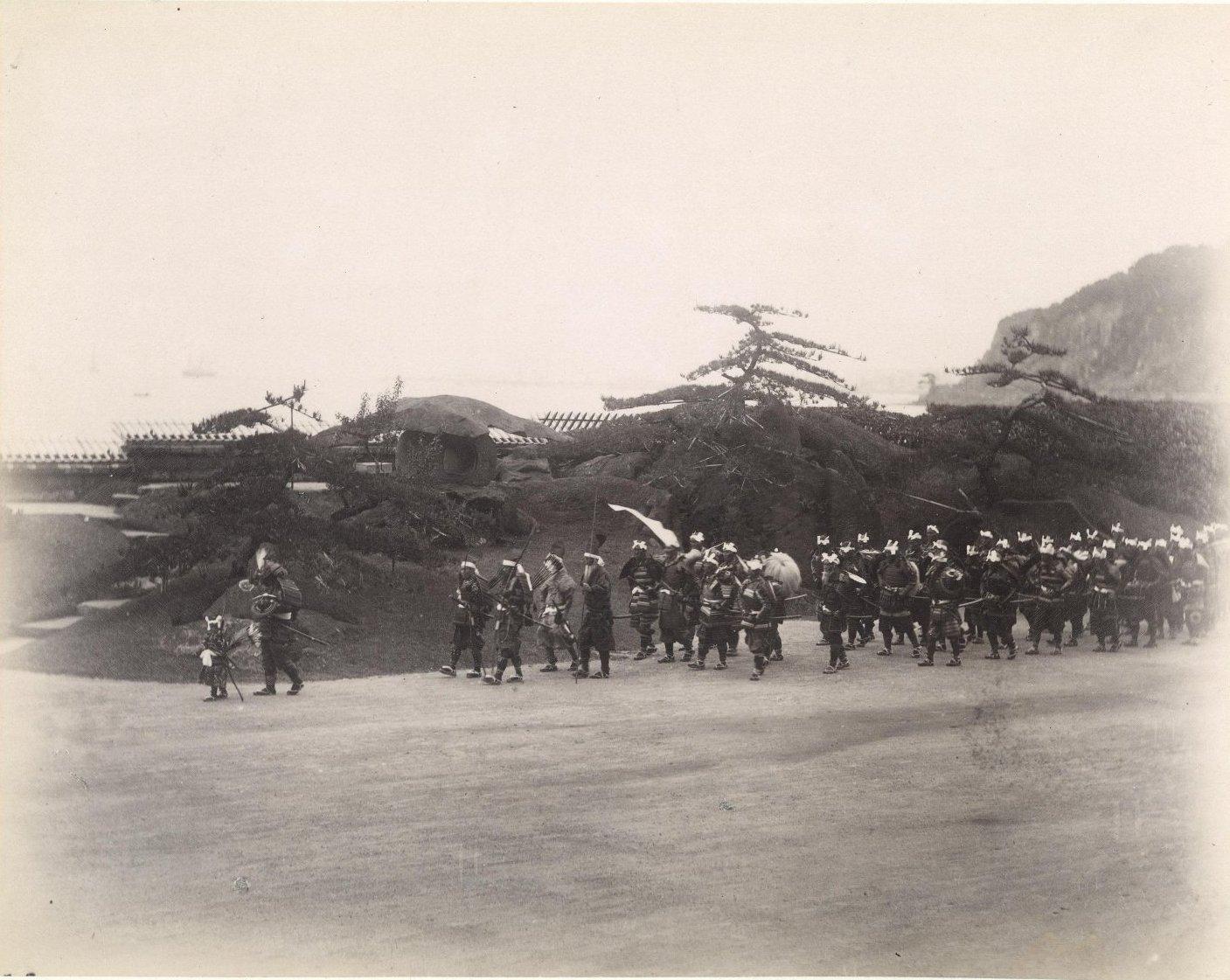 10. 1891. Кагосима. Торжественный парад самураев во время визита цесаревича Николая Александровича