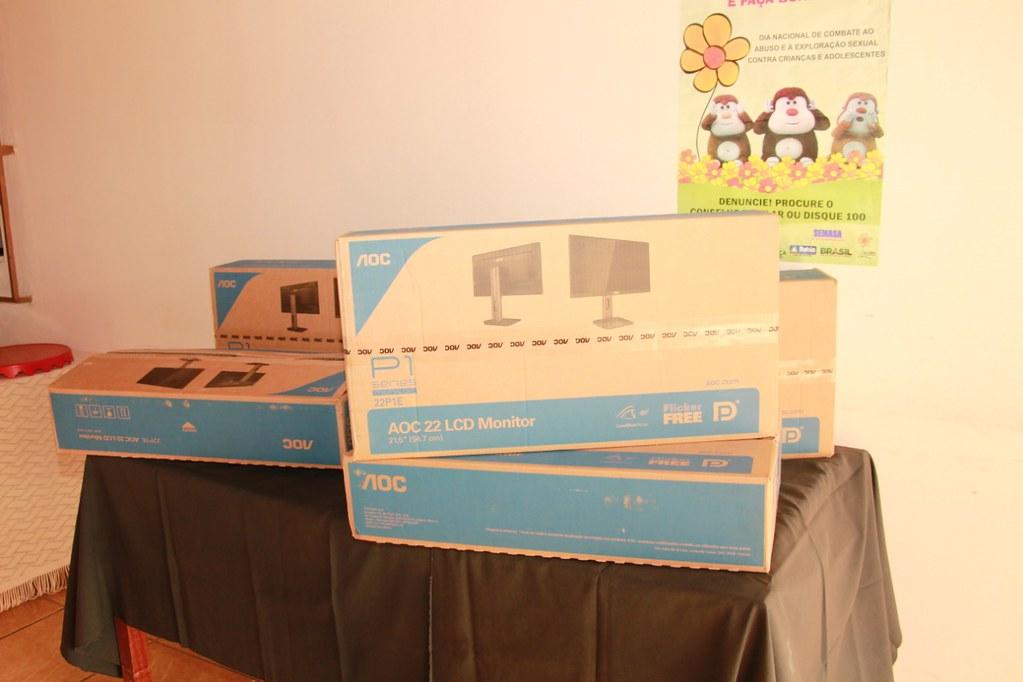 Prefeitura de Alcobaça entrega computadores e um carro zero para o Conselho Tutelar (5)