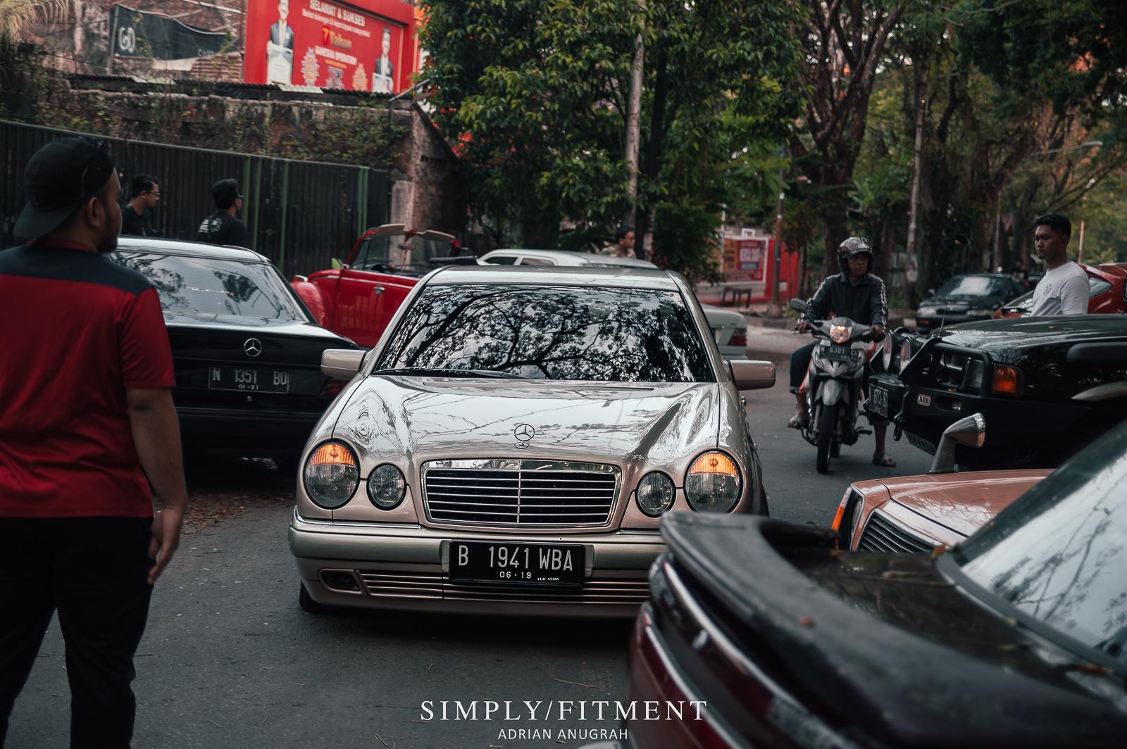 CARSFFEINE - NGOPI SORE BARENG CAR ENTHUSIAST MALANG DAN SEKITACARSFFEINE - NGOPI SORE BARENG CAR ENTHUSIAST MALANG DAN SEKITARNYARNYA