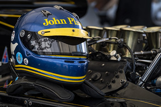 Ronnie's helmet colors