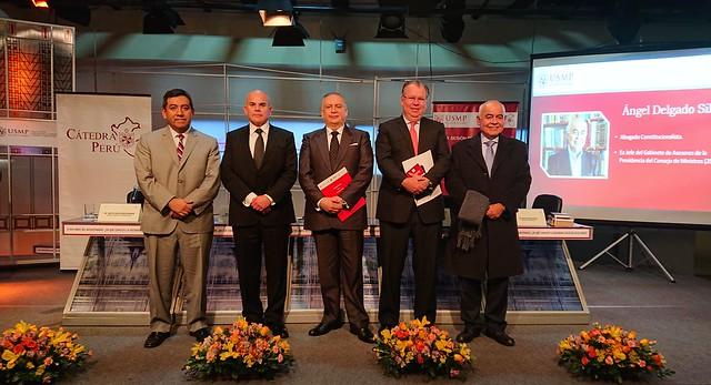 """""""A dos años del Bicentenario, ¿En qué consiste la reforma política en el Perú?"""" abordó la 89° sesión de Cátedra Perú de la USMP"""