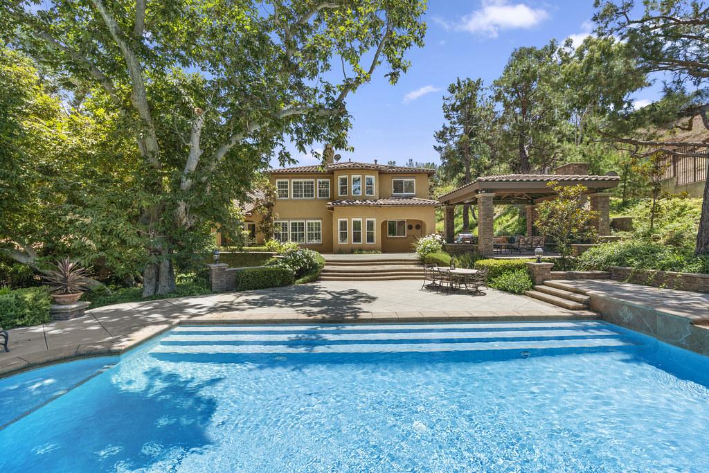 185 S Heath Terrace, Anaheim Hills