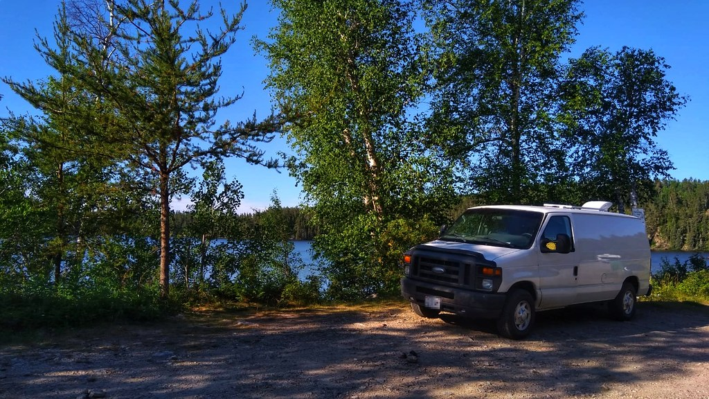 Our overnight spot at Dogtooth Lake
