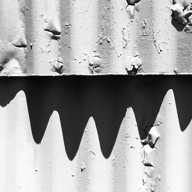 Corrugated tin and shadow : Healdsburg