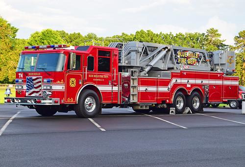 fire truck ct parade windsor locks pierce blue hills bloomfield dash tower ladder