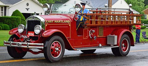 fire truck ct parade windsor locks antique engine alf american lafrance east hartland