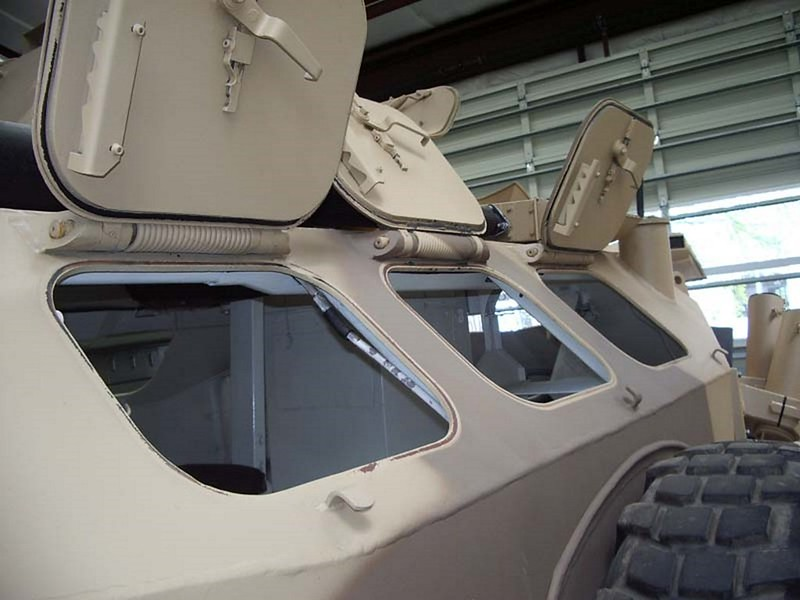 Panhard M3 VTT with TL-2i turret 11