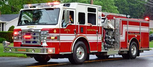 fire truck ct parade windsor locks pierce newington velocirty engine