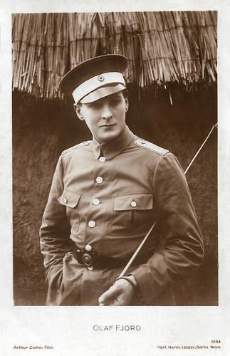 Olaf Fjord in Ich hatt' einen Kameraden (1926)
