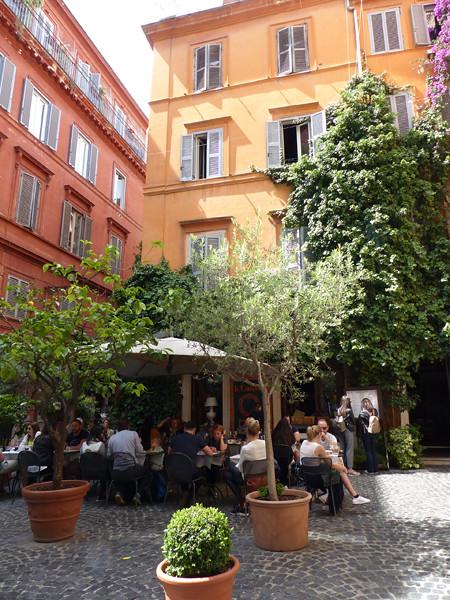 petite terrasse de Rome