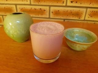 Strawberry Cashew Milk