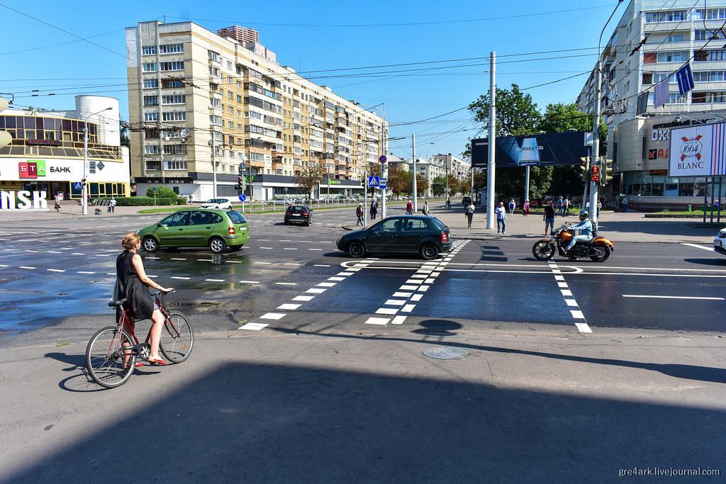Островок безопасности в разметке, Минск