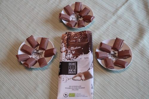 Bio Vollmilch Schokolade mit Milchcreme-Füllung von Meybona